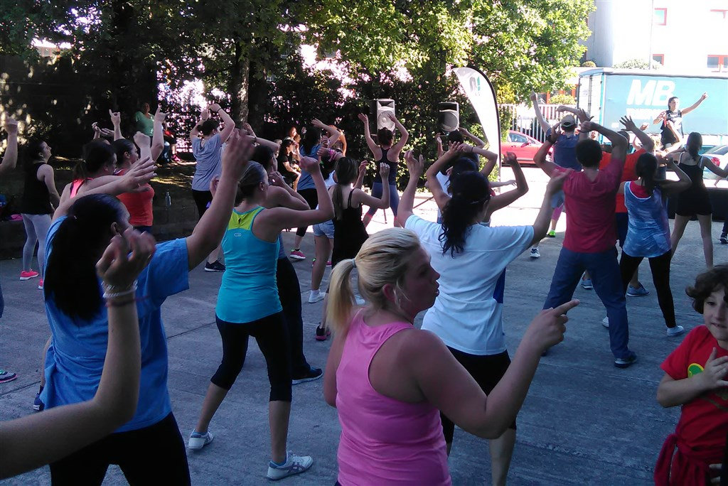 Zumba Fitness patrocinada por Iconica Sports vigo (1)